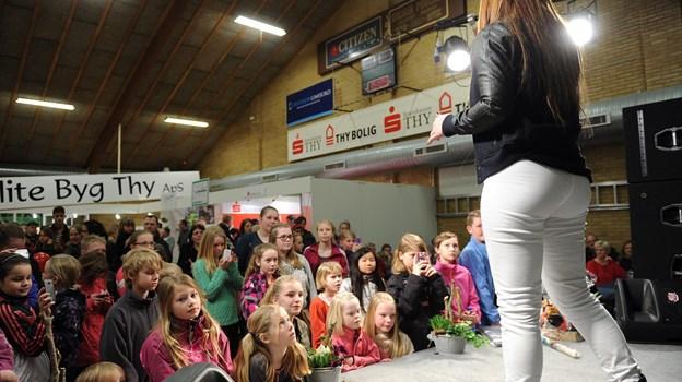 Om søndagen er der to modeshows i Hørdum Hallen. Arkivfoto: Ole Iversen