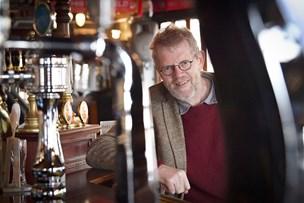 Fest som Jens Langkniv: Whisky, indmad og husmandspoesi på Halkær kro