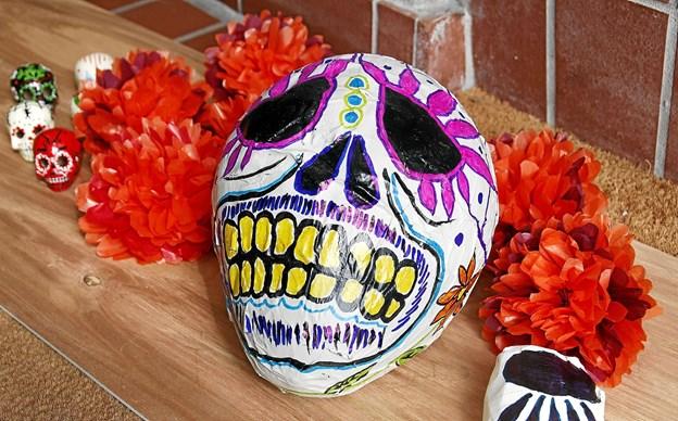 Inspireret af den mexicanske tradition 'De dødes dag' med dens dekorerede masker kan børn komme og lave masker i efterårsferien.Privatfoto