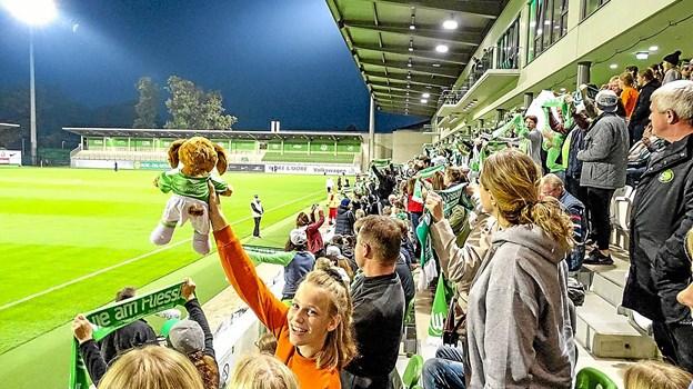 Det blev også til en Champion League kamp mod Atletico Madrid, hvor Pernille Harder scorede to mål og Wolfsburg vandt kampen 4-0.Privatfoto: Bent Andersen