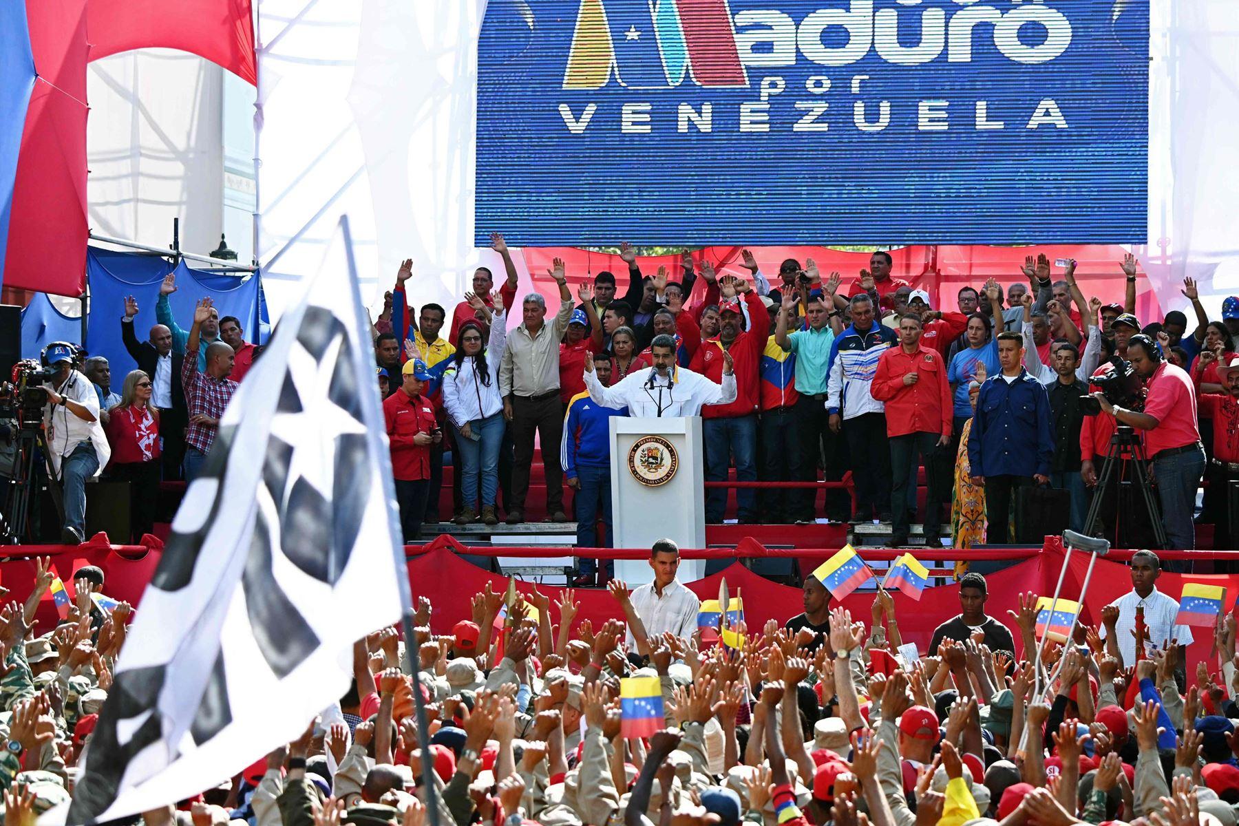 Næste valg til den oppositionskontrollerede nationalforsamling er i 2020, men Maduro vil have det fremskudt.
