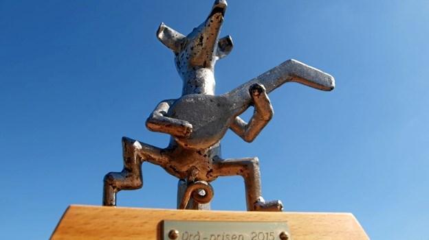 Her det flotte symbol – en lutspillende gris kreeret af figursmeden Leif Christensen.