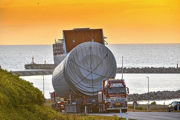 Transporterne af de tunge elementer til testcenteret skal forgå efter klokken 21 for at genere mindst muligt.Foto: Ole Iversen
