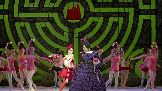 Alice i Eventyrland som ballet fra det Kongelige Teater - Live. Foto: Costin Radu