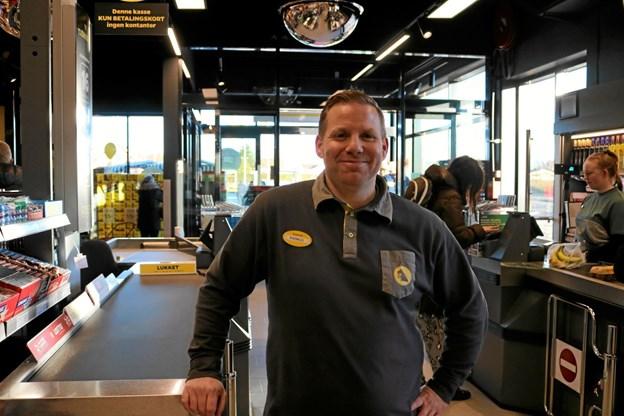 Butikschef Rasmus Bak med sine 20 medarbejdere glæder sig til at tage imod Sæbynitterne som kunder. Foto: Tommy Thomsen Tommy Thomsen