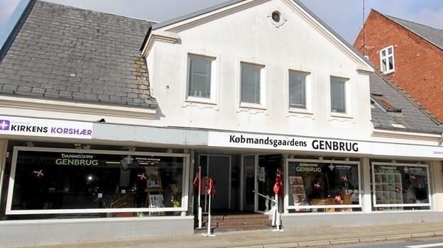 Købmandsgårdens Genbrug er placeret centralt i byen i Nørregade i Dronninglund. Foto: Jørgen Ingvardsen Jørgen Ingvardsen