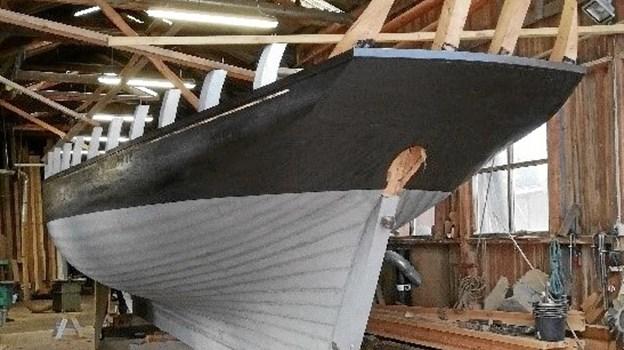 Lørdag 18. maj klokken 14 søsætter Hobro værft det nybyggede træskib, Caroline. Du er velkokkem til at overvære begivenheden. Foto: Asger Nørlund Christensen.