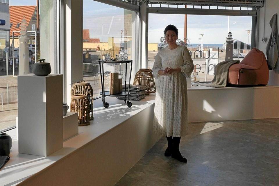 Kristina fortæller, at hun vil bestræbe sig på at kunne præsentere de nyeste trends i forretningen. Foto: Peter Jørgensen Peter Jørgensen