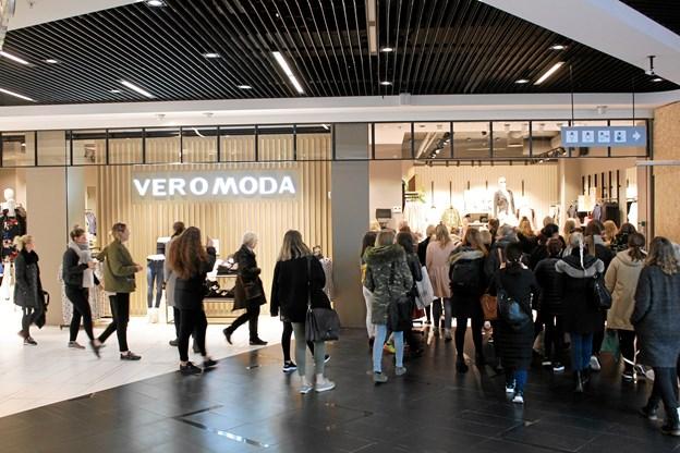 21. juni er Vero Moda i Friis Shoppingcenter er klar til at slå dørene op med et nyt butikskoncept. Privatfoto