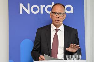 Nordeas koncernchef sætter sit eget hold efter få dage