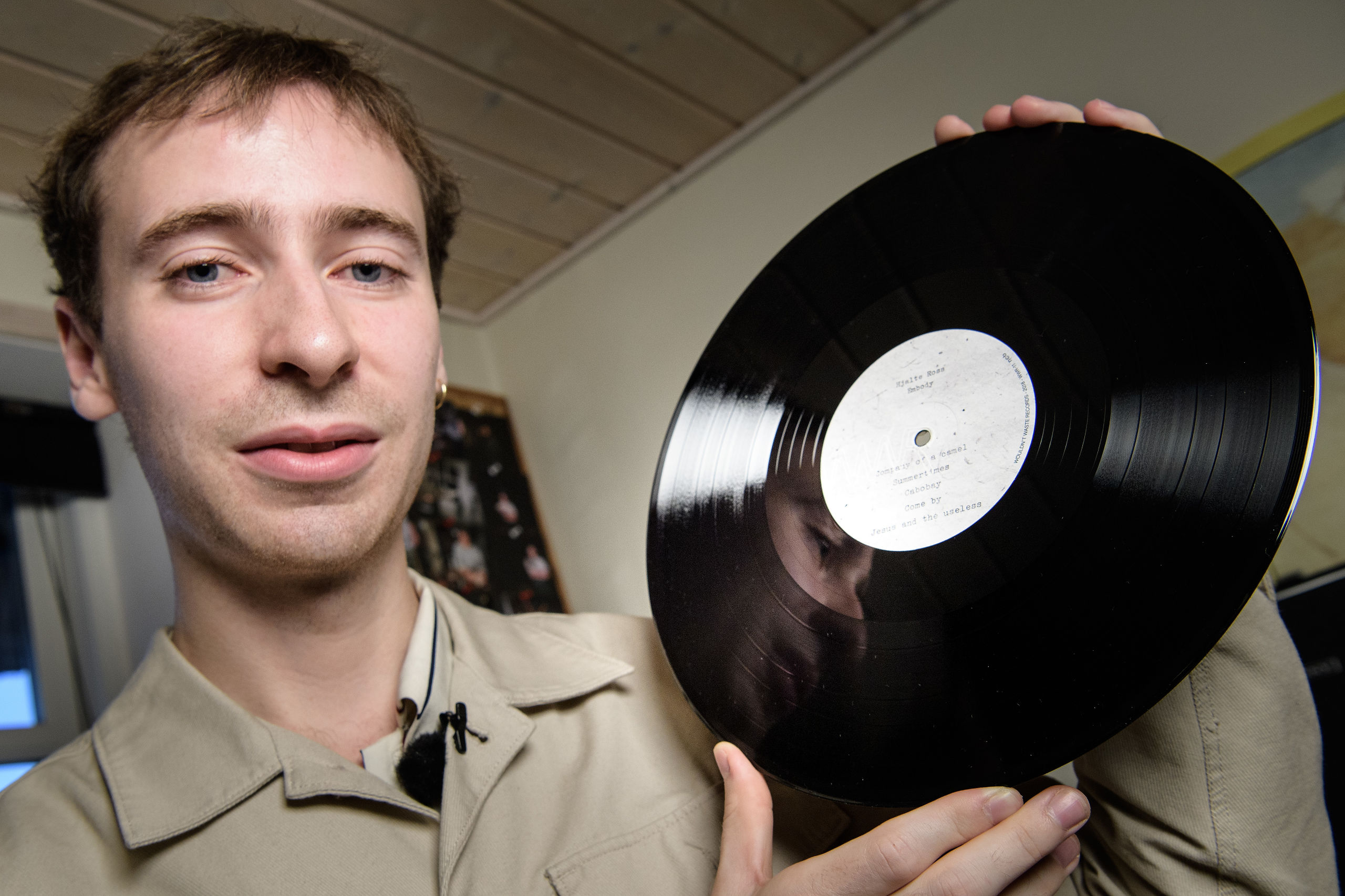 21-årig nordjyde fik kendt britisk producer til at hjælpe med debutalbum