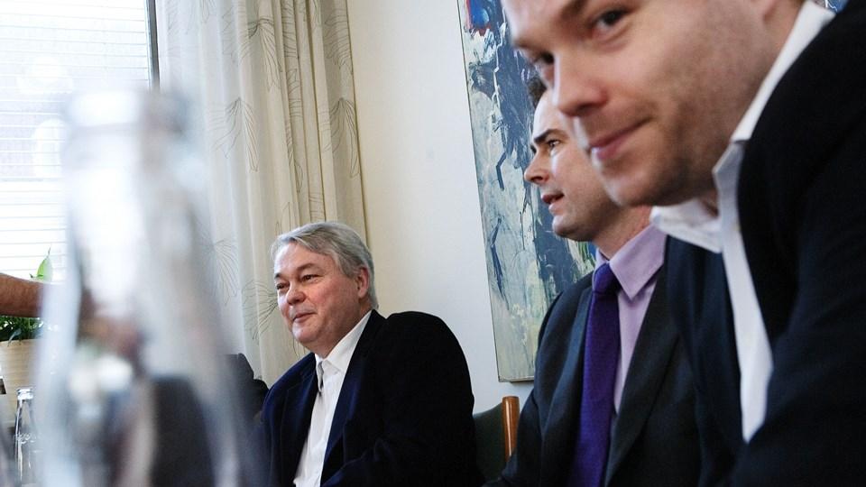 (Arkiv) Bestseller-ejerne Troels Holch Povlsen (bagest) og sønnen Anders (forrest).