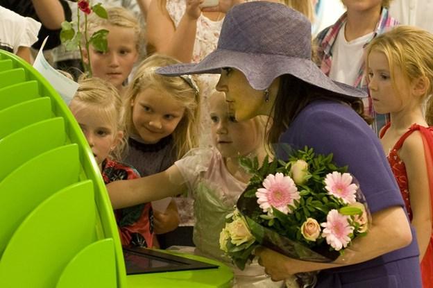 Tilbage i 2011 så Kronprinsesse Mary ordkløveren i aktion på biblioteket.Arkivfoto: Carl Th. Poulsen