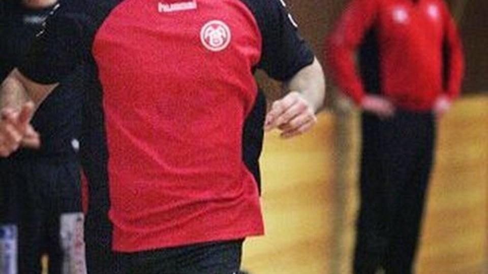Dusko Milinovic i vigør under AaB-træningen. Den 31-årige serber forventes at få ligadebut i udekampen mod TMS Ringsted 9. februar. Foto: Bent Bach