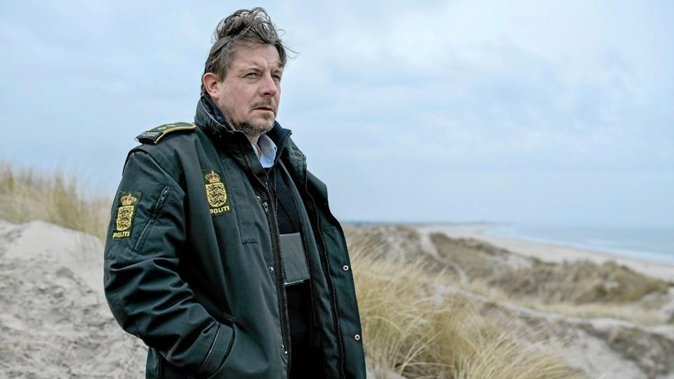 Fem år er gået. Nu residerer den traumatiserede politimand (Anders W. Berthelsen) i det nordjyske. Foto: Henrik Ohsten/TV 2