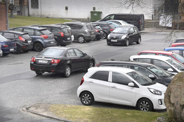 Stadig gratis - men ikke fri parkering i Hjørring: P-vagter genindtager midtbyen fra 2020
