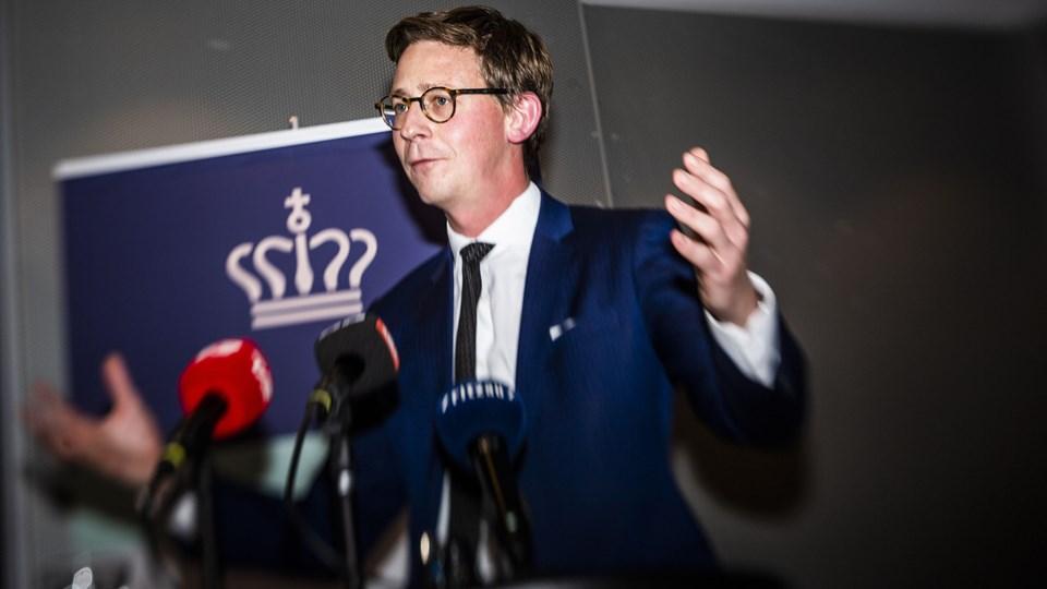 Skatteminister Karsten Lauritzen fortæller om den seneste fremdrift og udvikling i udbyttesagen på et pressemøde i Skatteministeriet torsdag den 1. november 2018. Foto: ólafur Steinar Gestsson/Ritzau Scanpix