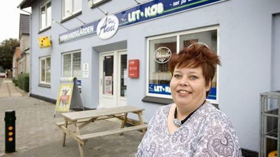 Anni Panhardt Christensen har lavet mad på Ulsted Cafeteria, haft blomsterbutik i Dybvad samt flere andre gøremål i de 23 år familien har boet i Præstbro. Foto Bent Jacobsen