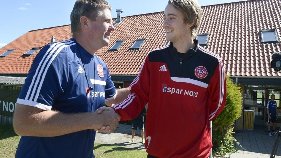 Cheftræner Kent Nielsen ser frem til, at Rasmus Jönsson kommer i rette gear. Foto: Grete Dahl