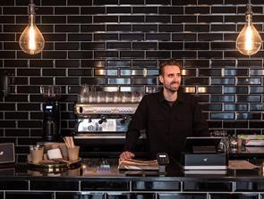 Nyt koncept i midtbyen: Få kaffe til en tier