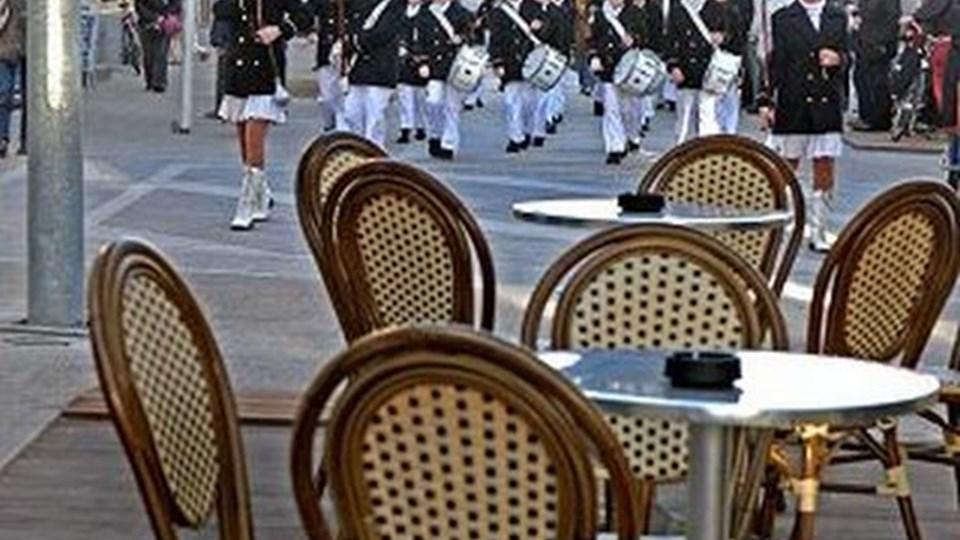 Tordenskiolds-garden gav en festlig åbning af Danmarksgade Nord med flotte fanfarer fra orkestret. Og efter åbningen var der dækket op til en musikalsk oplevelse med Cato Jam.  Foto: Carl Th. Poulsen