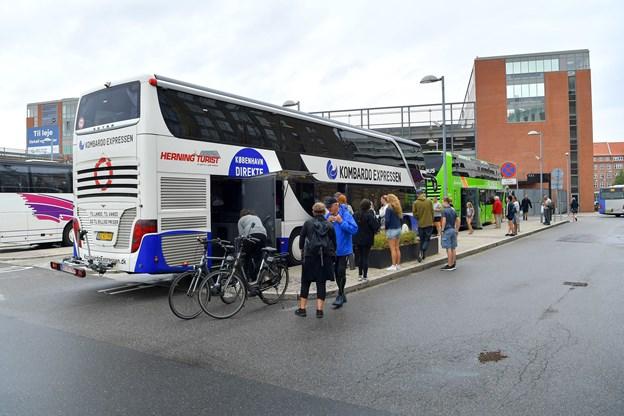 Billigbussen pendulfart.dk kører fra rutebilstationen direkte til Musikkens Hus i Aarhus. Arkivfoto: Jesper Thomasen