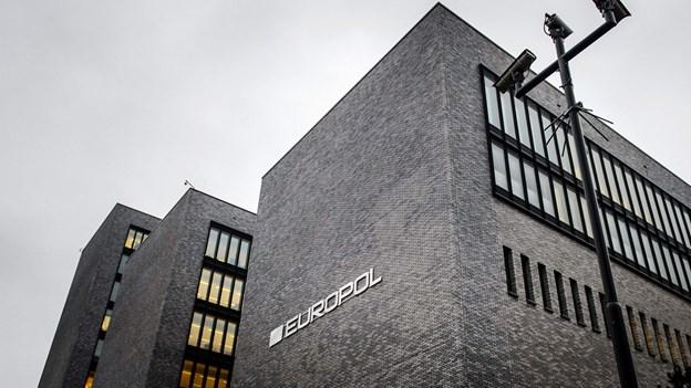Europol anholder 22 i kæmpe operation mod narkotikanetværk