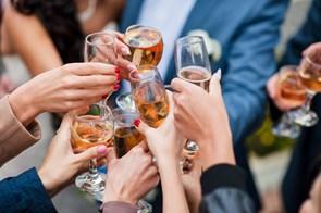 Sådan kan du sikre dig en god fest for dine venner og familie