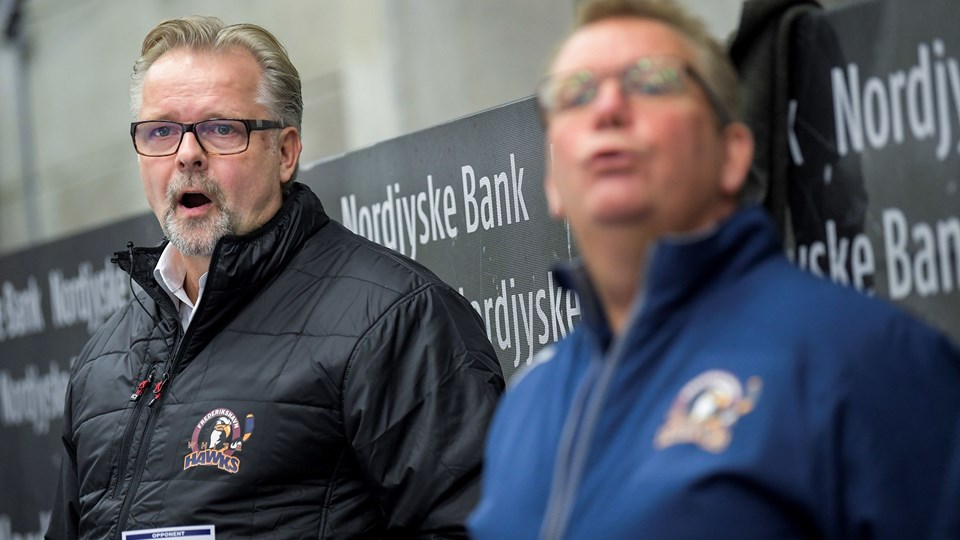 Træner Jari Pasanen så sit hold tabe klart i Esbjerg. Arkivfoto: Lars Pauli