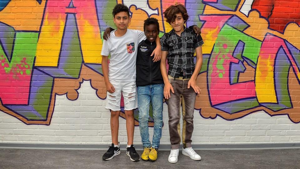Josef Tyrki, 13 år, Annas Abai, 12 år, og Ibrahim Khalil, 13 år, elsker at komme i Fritidscenter Løvbakken. Foto: Jesper Thomasen