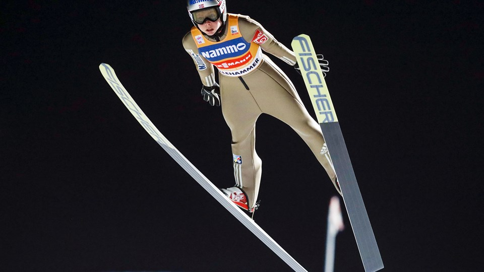 Nordmanden Maren Lundby er verdens bedste kvindelige skihopper. Foto: /ritzau/AP/Terje Bendiksby