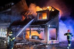 Politi: Hvem hjalp forbrændt mand efter eksplosionsbrand?