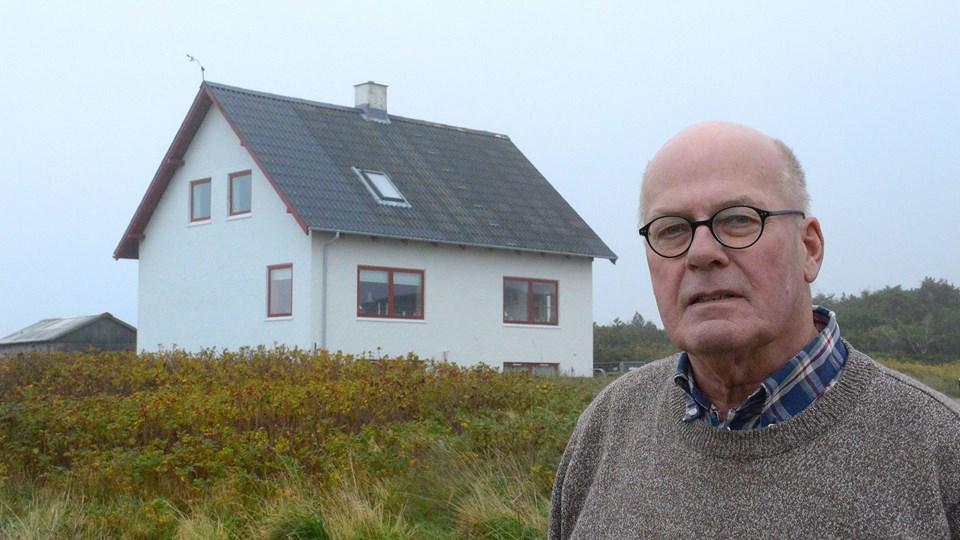 - Vi regner med, at vi har et tilsagn om uopsigelighed, sagde Jens Erik Hald, talsmand for lejerne i de hvide huse, som ejes af kommunen. Og står det til viceborgmester Ib Poulsen (DF) har beboerne det tilsagn. Arkivfoto: Ole Iversen