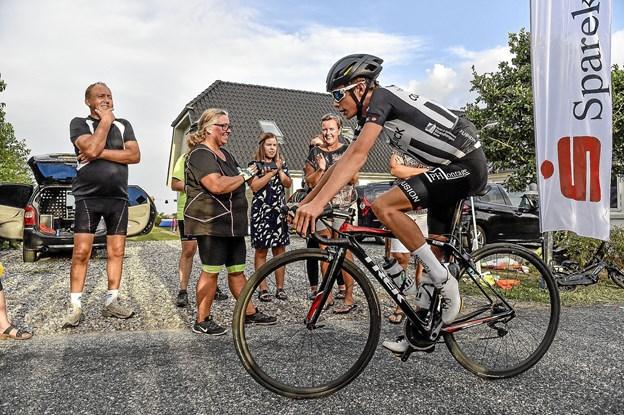 """For en måned siden afprøvede Jonas Vingegaard klatrerevnerne ved """"Lønnerup Grand Prix"""" arrangeret af Thy Cykle Ring. Foto: Ole Iversen"""