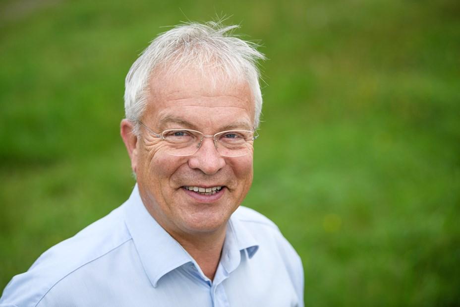 Peter Nielsen klar til Tinge