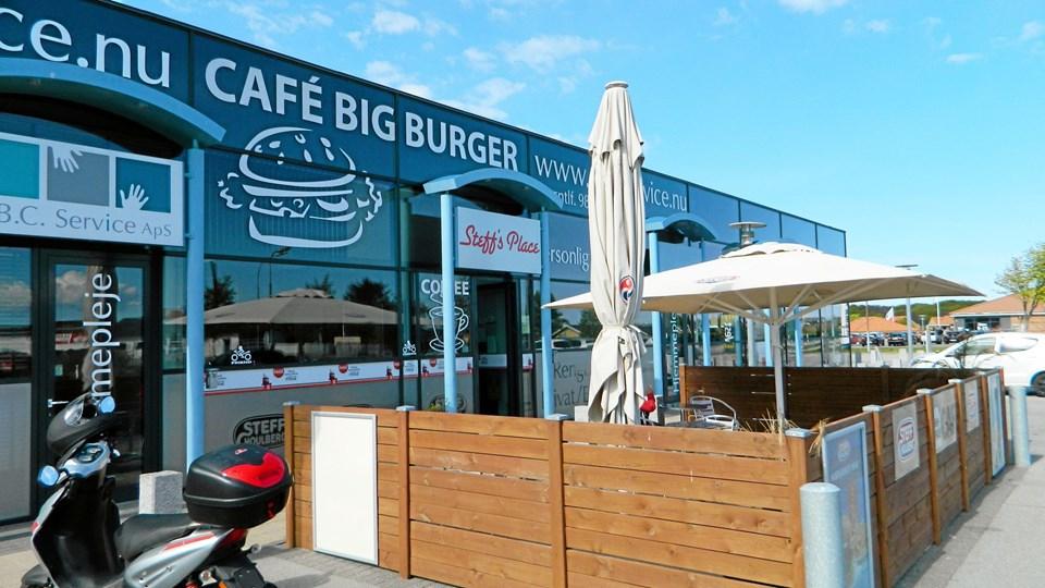 Så er der DM i hotdogspisning - der går i gang hos Steff's Place i Sæby fra den 17. maj. Privatfoto.