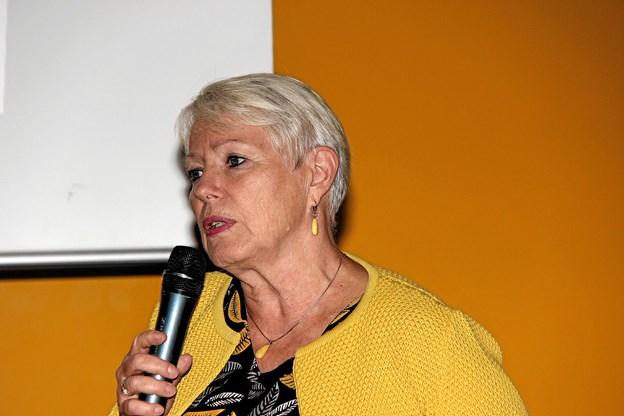 Medlem af Region Midt, Annette Roed fortalte hvordan man fra regionens side griber situationen an. Foto: Hans B. Henriksen