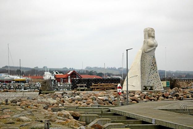 'Fruen fra Havet' på Sæby Havn. Arivfoto. Tommy Thomsen