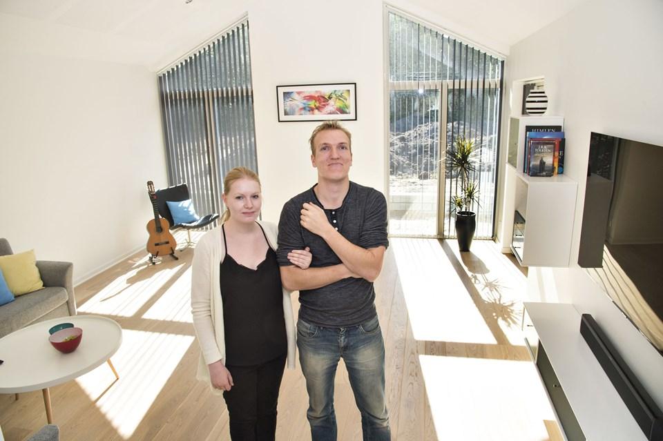 Kristian Lysdahl er teknisk tegner og har selv slået stregerne til alt det indvendige i huset, blandt andet den nedsænkede stue.