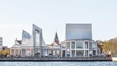 Verdens tredjestørste arkitekturpris uddelt på Utzon Center: - Prisen cementerer Aalborgs rolle