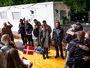 Surpriiise: Nibe tog fusen på Suspekt med kobberbryllupsfest