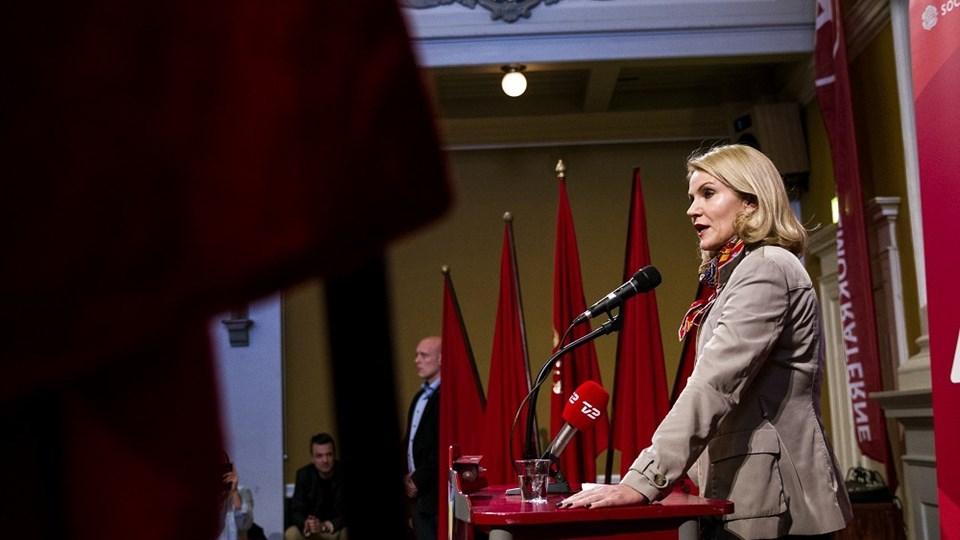 Socialdemokraternes formand, statsminister Helle Thorning-Schmidt, startede arbejdernes kampdag 2015 ved at tale kl. 6. 30 hos Socialdemokraterne i Randers. Foto: Mikkel Berg Pedersen