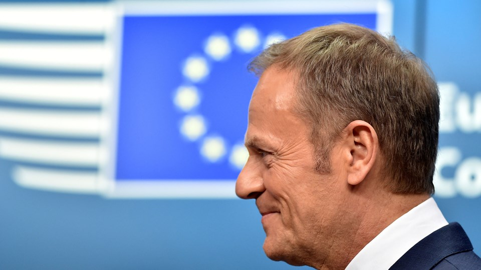 - Det Europæiske Råd er enig med den britiske regering i, at det højst sandsynligt er Rusland, der er ansvarlig for Salisbury-angrebet, og at der ikke er nogen anden sandsynlig forklaring, skriver EU-præsident Donald Tusk på Twitter under topmødet. Foto: Reuters/Eric Vidal