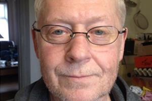 Efterlyst far død i trafikulykke - søn kørt til tjek