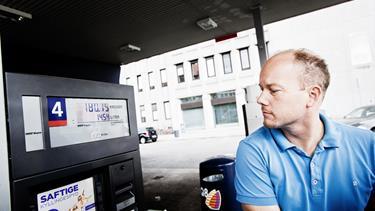 Tankstationer holder igen med dyrere benzin og diesel