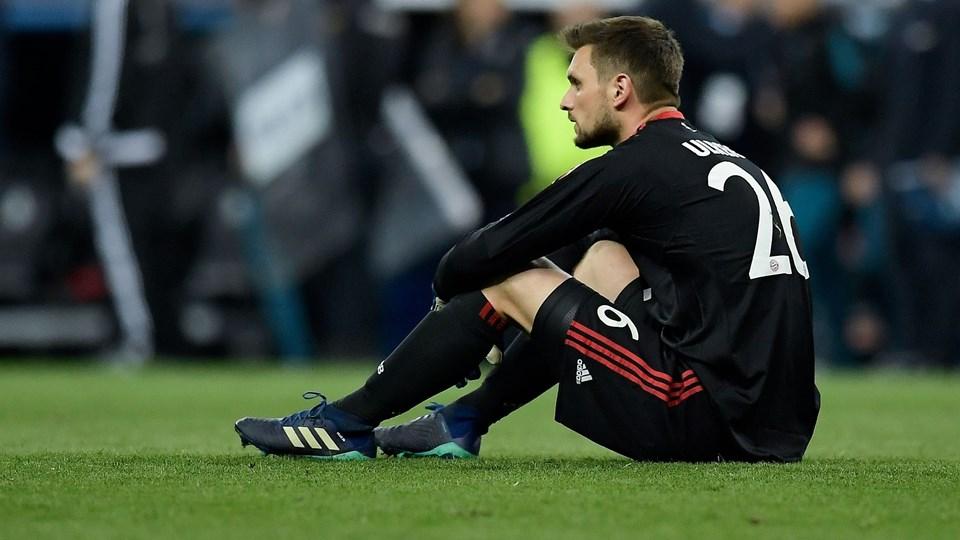 Sven Ulreich har det skidt med, at han begik en kostbar fejl i tirsdagens udekamp mod Real Madrid i Champions League-semifinalen. Foto: Scanpix/Oscar Del Pozo