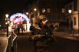 Mindst tre personer er dræbt nær travlt julemarked i Strasbourg