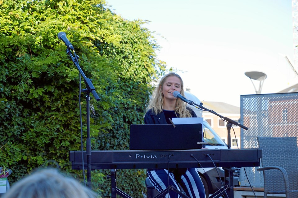 Christina Aggerholm fra Brønderslev imponerede med sit sangtalent.