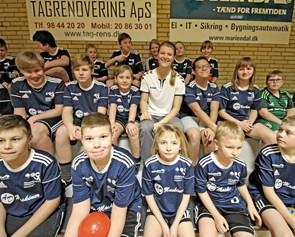 Folketingsmedlem i rollen som håndboldtræner