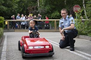 Betjente på trafikkontrol i sommerland: 0 klip i kørekortet